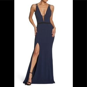 Dress the population Lana crepe gown
